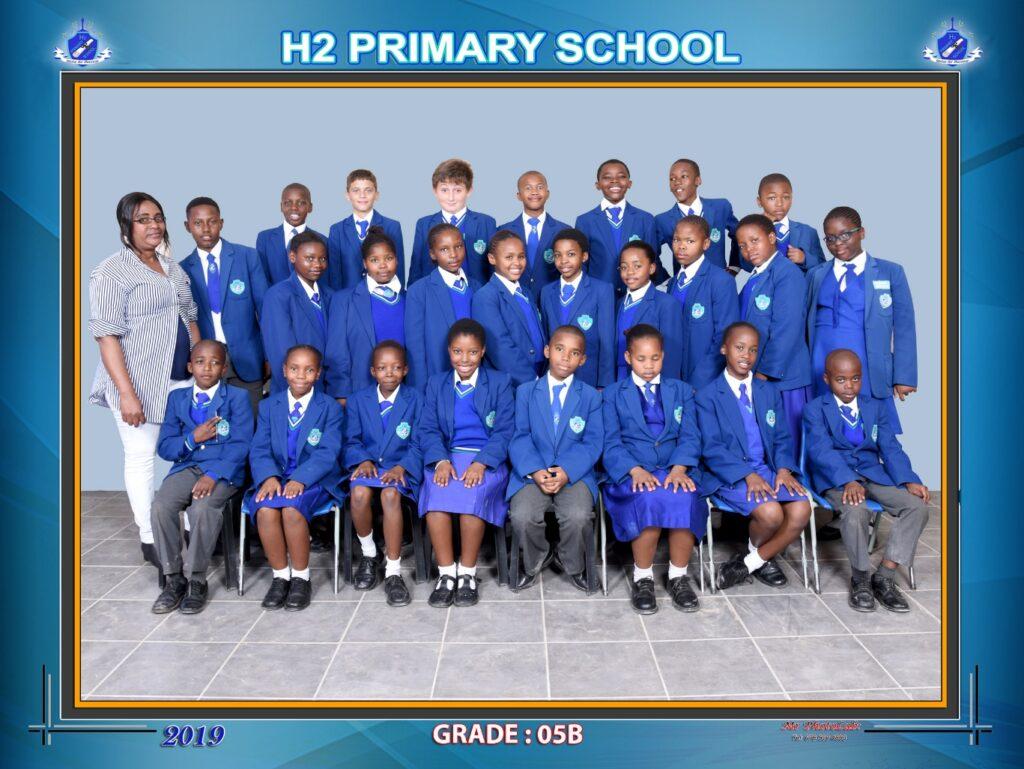 Class Photo Grade 5B 2019