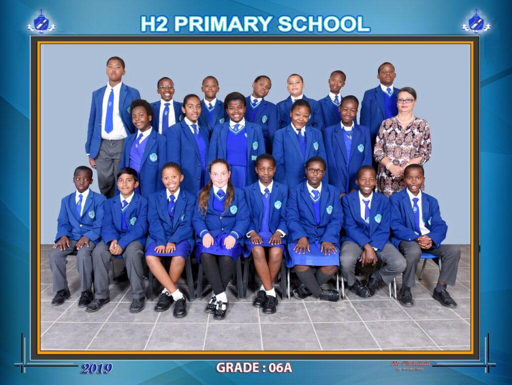 Class Photo Grade 6A 2019