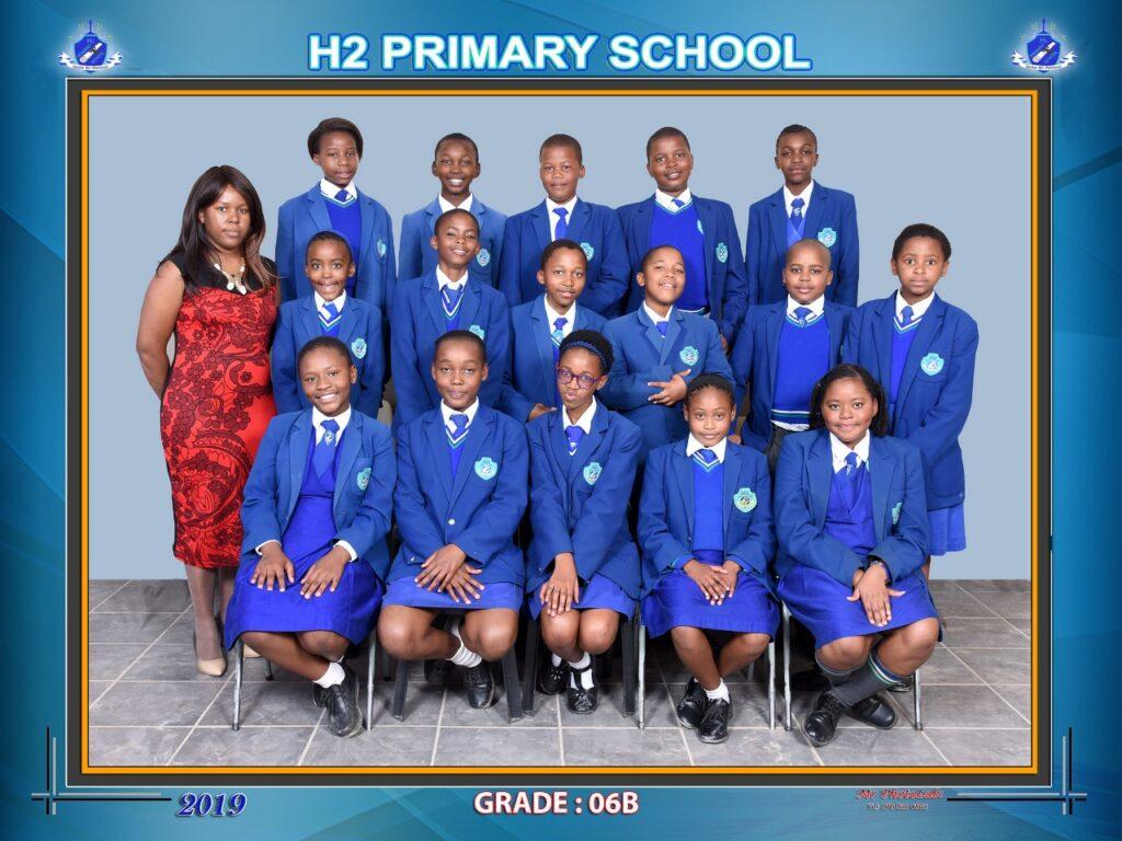 Class Photo Grade 6B 2019